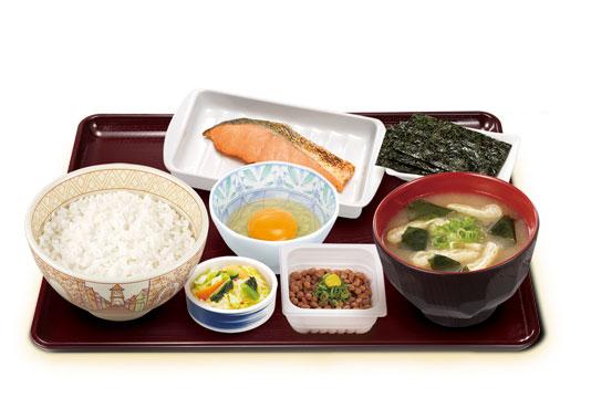 すき家のオススメ筋トレ飯_鮭納豆定食